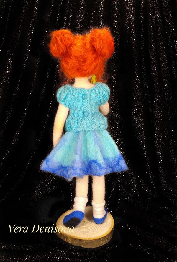 кукла девочки с бабочкой